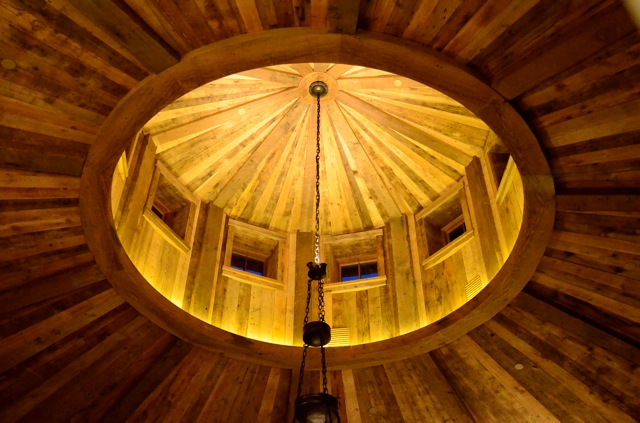 west_ceiling